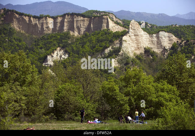 sand pyramids of melnik - photo #43