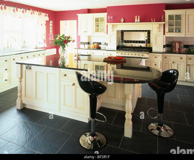 Kitchen Tiles Black Worktop best 25+ cream gloss kitchen ideas on pinterest | cream kitchen
