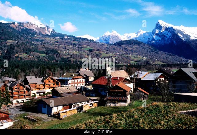 Morillon stock photos morillon stock images alamy - Office tourisme morillon haute savoie ...