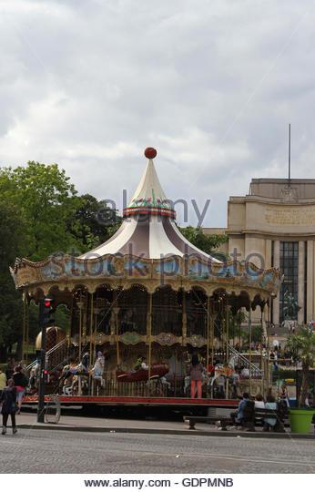 Tourist merry go round stock photos tourist merry go round stock images - Place saint pierre paris ...