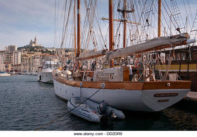 Yacht tender stock photos yacht tender stock images alamy - Club house vieux port marseille ...