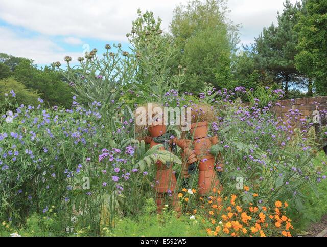 Flowerpot Men Stock Photos Flowerpot Men Stock Images