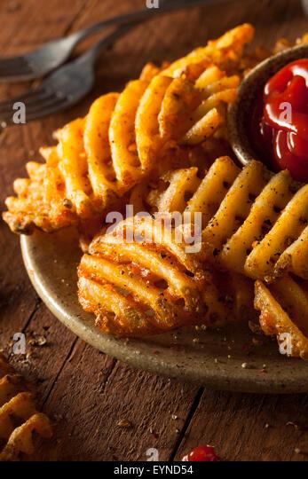 how to make homemade waffle fries