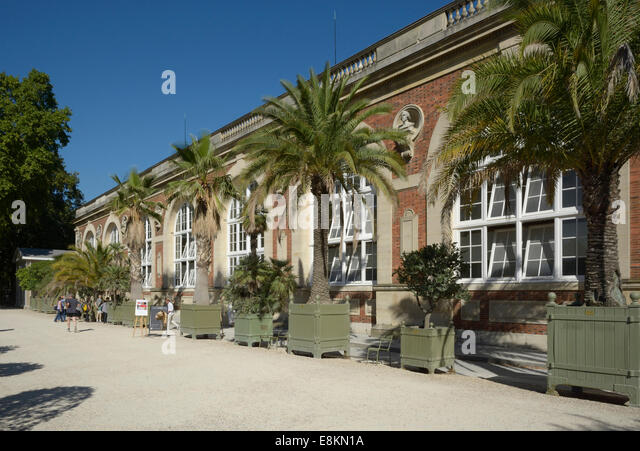 Jardin du luxembourg paris stock photos jardin du for Jardin orangerie