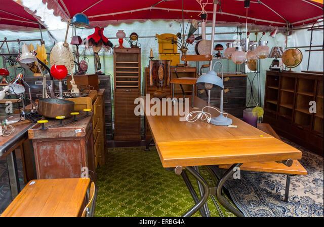 Antique furniture garage stock photos antique furniture for Garage ad paris