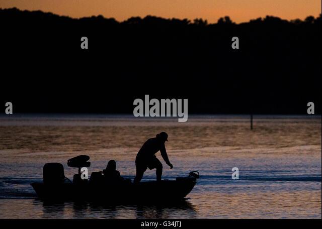 Acworth stock photos acworth stock images alamy for Lake acworth fishing