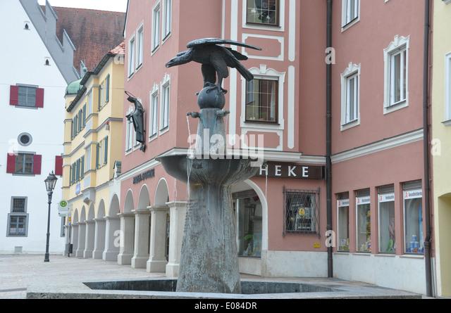 casolaro point barletta statue - photo#19