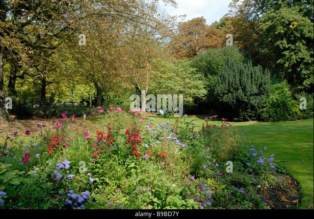 Jardin anglais stock photos jardin anglais stock images for Jardin vauban lille