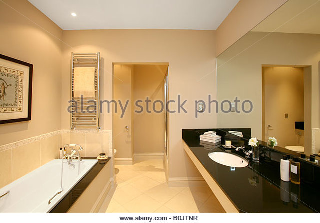 Luxury Bathrooms Dublin penthouse apartment dublin stock photos & penthouse apartment
