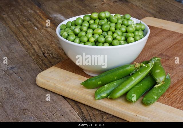 Garden Peas Stock Photos Garden Peas Stock Images Alamy