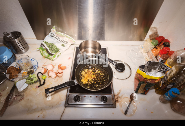Dirty Kitchen Stock Photos & Dirty Kitchen Stock Images - Alamy