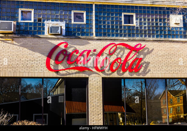how coca cola gets the largest share The coca-cola co (nyse:ko) q2 2018 earnings call july 25, 2018 8:30 am et executives timothy k leveridge - the coca-cola co james quincey - the coca-cola co kathy n waller - the coca-cola co .