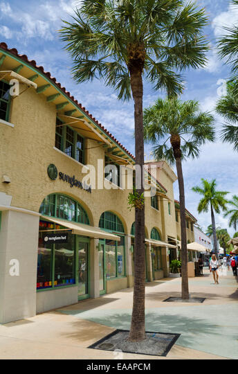 In all the dancing supply stores out there, this place is the best in Miami. They have good service, good veriaty, they have all the sizes, and very beautiful clothes. They have everything you need here.