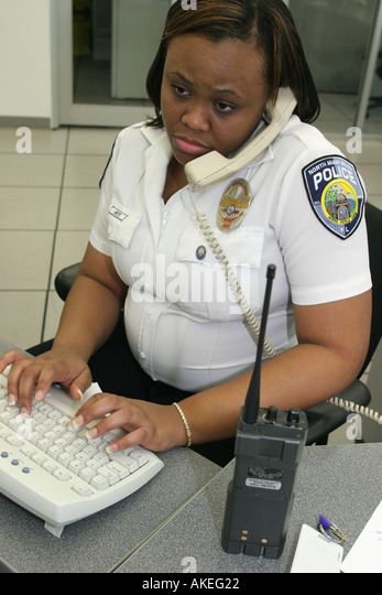 how to become a police dispatcher in florida