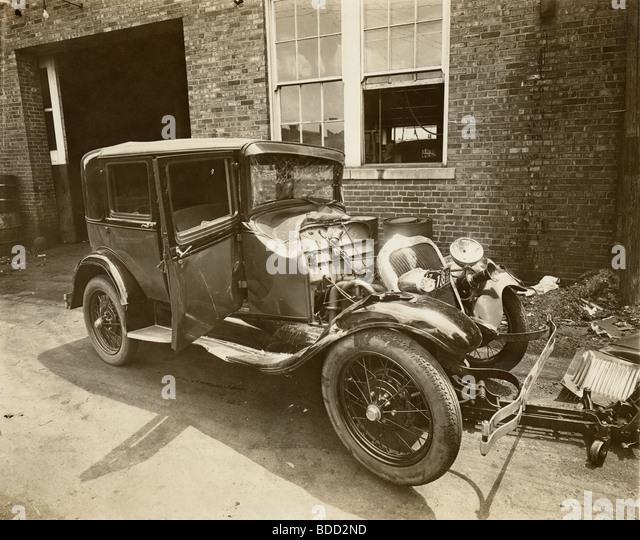 1920s Car Accident Stock Photos Amp 1920s Car Accident Stock