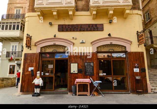 Cafe sicilia stock photos cafe sicilia stock images alamy for Tonys fish market