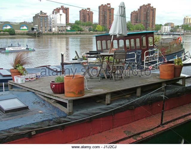 Barge On Thames Stock Photos Barge On Thames Stock Images Alamy
