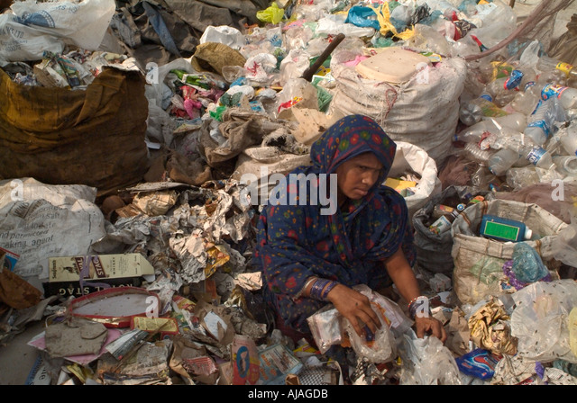rag pickers in india Home to more than 16,000 rag-pickers and 60,000 family members india follow us: today in new kolkata's cleanliness drives threaten rag pickers' livelihood.