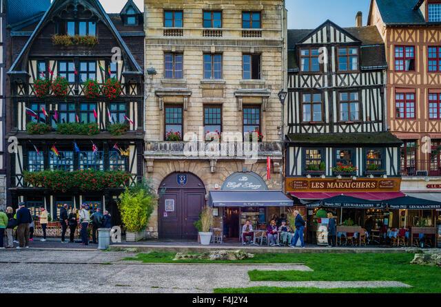 Restaurant Place Du Vieux March Ef Bf Bd  Ef Bf Bd Rouen