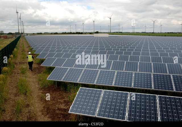 Solar Farm Uk Stock Photos Amp Solar Farm Uk Stock Images