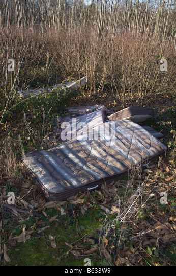 Tipping Wood Stock Photos Amp Tipping Wood Stock Images Alamy
