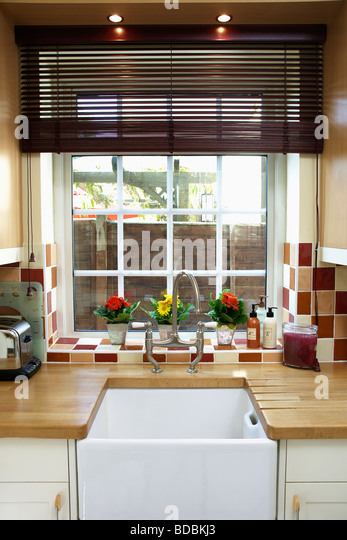 Kitchen Blind B Q Red