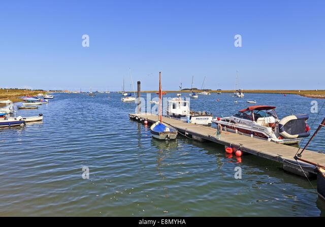 Sailing boats on beach port stock photos sailing boats for Porte 7th sea