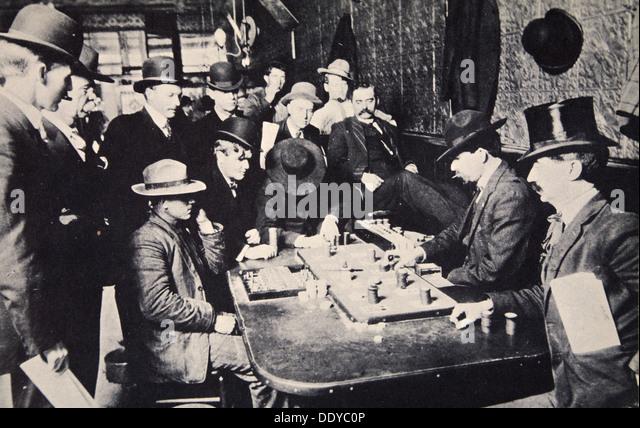 1bettor gambling cowboy saloon