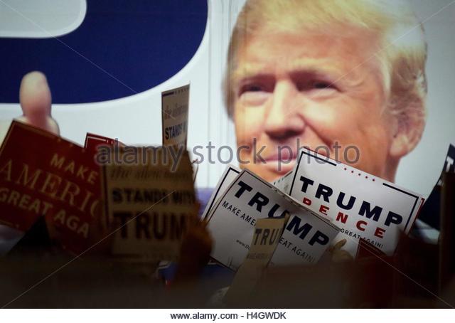 West Palm Beach Trump Stock Photos & Florida West Palm Beach Trump ...