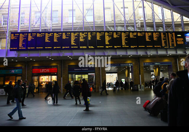waterloo station london stansted airport