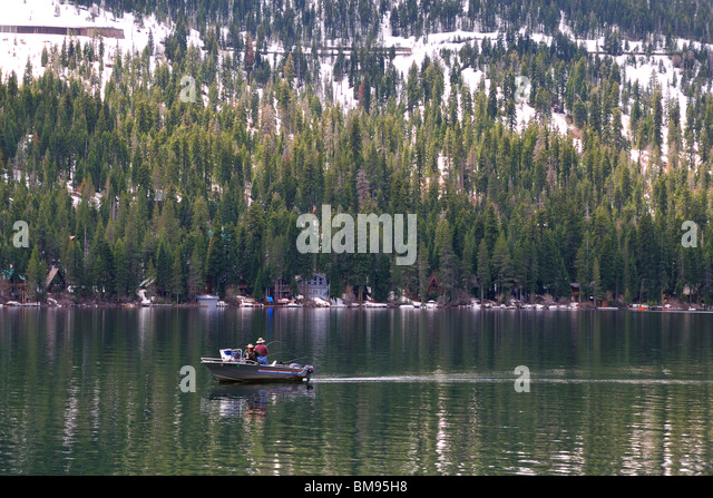 Anglers boat stock photos anglers boat stock images alamy for Donner lake fishing report