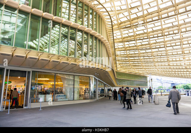 Forum des halles stock photos forum des halles stock images alamy - Les halles paris shopping ...