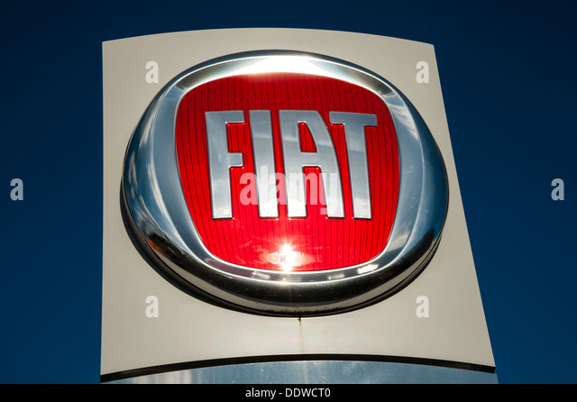 Fiat Badge Stock Photos Fiat Badge Stock Images Alamy - Fiat dealers in london
