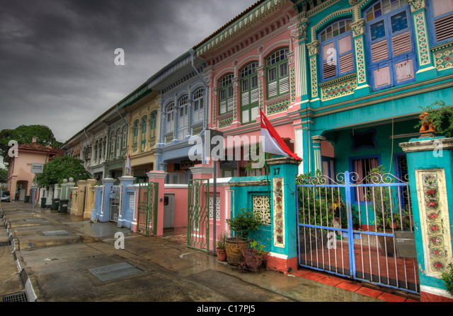 Peranakan singapore stock photos peranakan singapore for Terrace house singapore