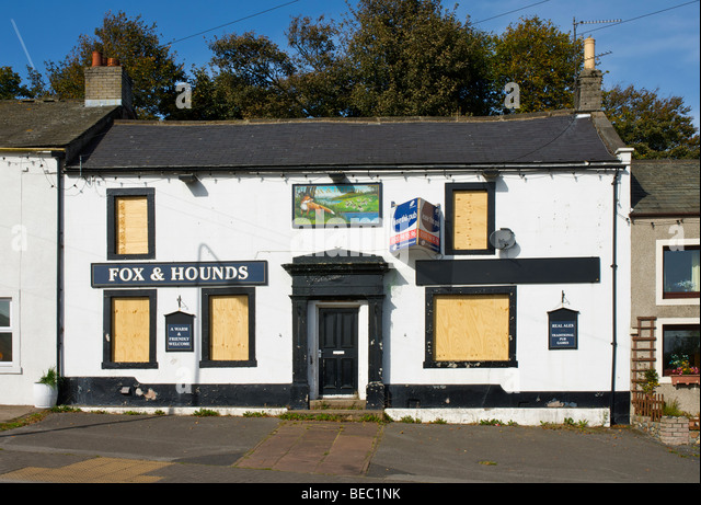 fox-and-hounds-pub-shut-and-shuttered-as
