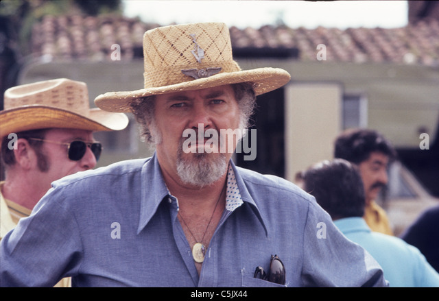 robert altman photographerrobert altman zenimax, robert altman meryl streep, robert altman interview, robert altman best films, robert altman nashville, robert altman movies, robert altman quotes, robert altman award, robert altman films, robert altman criterion, robert altman biography, robert altman the long goodbye, robert altman, robert altman imdb, robert altman wiki, robert altman short cuts, robert altman the player, robert altman images, robert altman mash, robert altman photographer