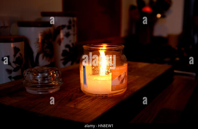 Fire going out stock photos fire going out stock images alamy - Burning scented candles home dangerous really ...