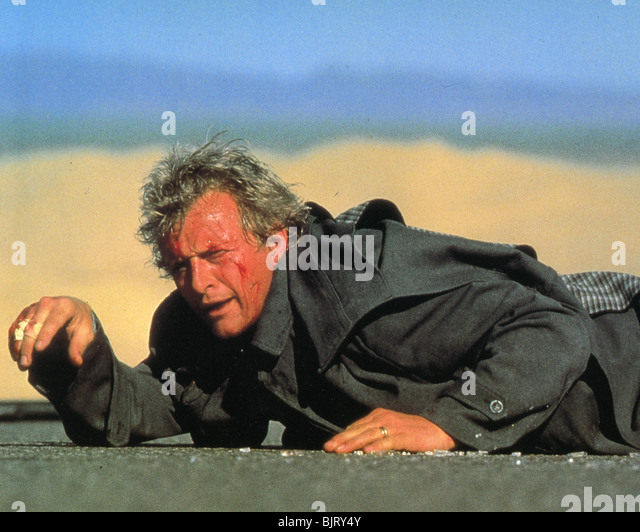 an analysis of the 1986 film the hitcher The hitcher (1986)  rutger hauer is excellent as the antagonistic hitcher who  becomes obsessed  i love how the way things play out is open to interpretation.