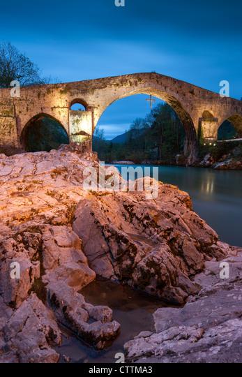 Cangas De Onis Stock Photos & Cangas De Onis Stock Images ...