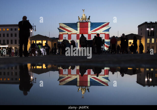 Berlin, Germany. 4th June, 2017. The Brandenburg Gate is seen lit in the colors of the British Flag, on June 4, - Stock Image