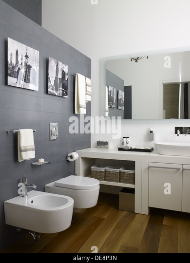 Bathroom Sinks New York City bathroom sink in new york stock photos & bathroom sink in new york
