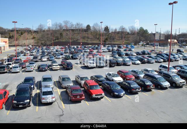 Parking lot stock photos amp parking lot stock images alamy