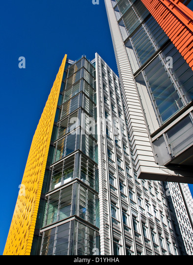 central st giles a vivid bright colored contemporary mixed use development by renzo piano st giles brightly colored offices central st