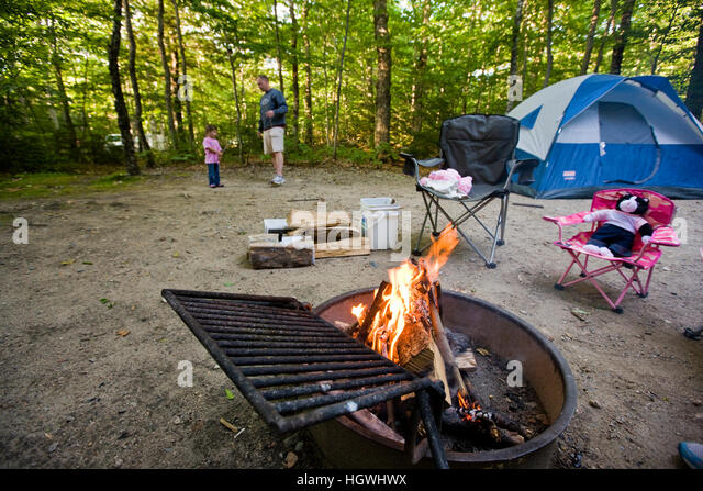C&ing in Crawford Notch State Park in new H&shireu0027s White Mountains. - Stock Image & White Mountains New Hampshire Usa Tent Stock Photos u0026 White ...