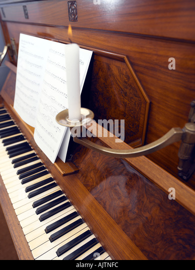 Upright Piano Stock Photos Amp Upright Piano Stock Images