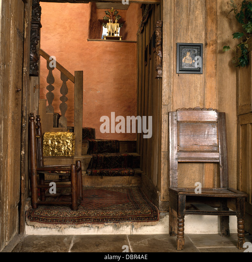 oak paneled walls stock photos & oak paneled walls stock images