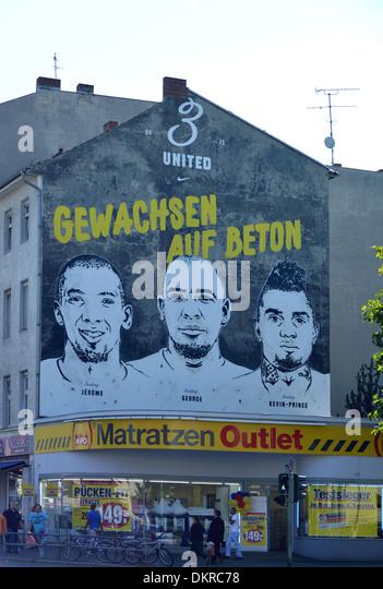 Graffiti, Brueder, Boateng, Badstrasse, Gesundbrunnen, Berlin, Deutschland  / Brüder