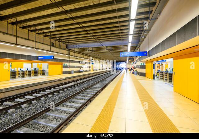 bari airport train station - photo#48