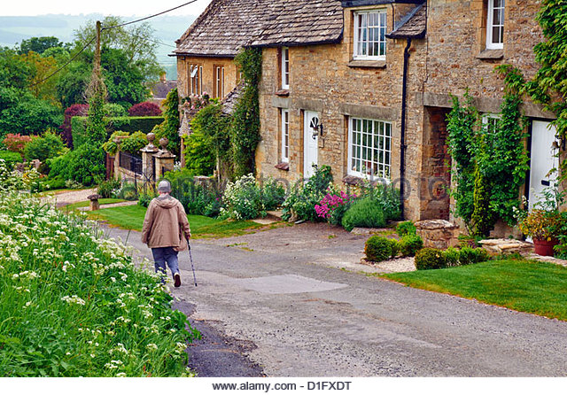 valley cottage single mature ladies If you're a single guy wondering where the older women hang out, here are 10 places to meet older women church spirituality is important to many people, but sometimes it becomes more pronounced as women get older.