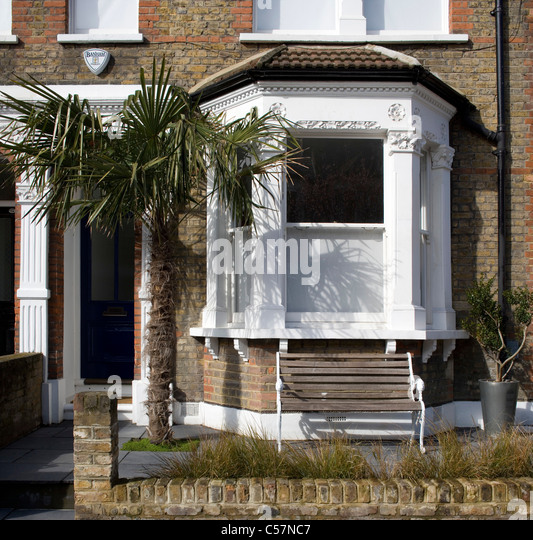 House Bay Window Exterior Stock Photos & House Bay Window Exterior ...